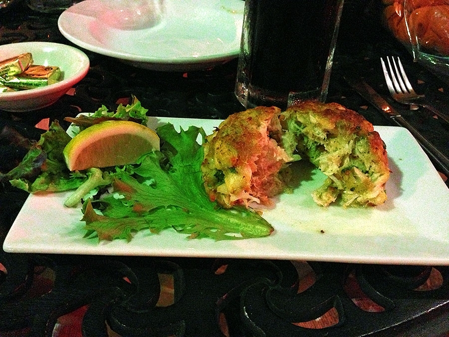 Luna Del Sea Crab Cake Appetizer