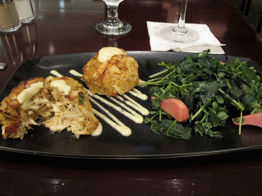 Luminous Jumbo Lump Crab Cakes